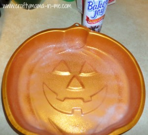 Easy to Make Jack-O-Lantern Pizza and Cake