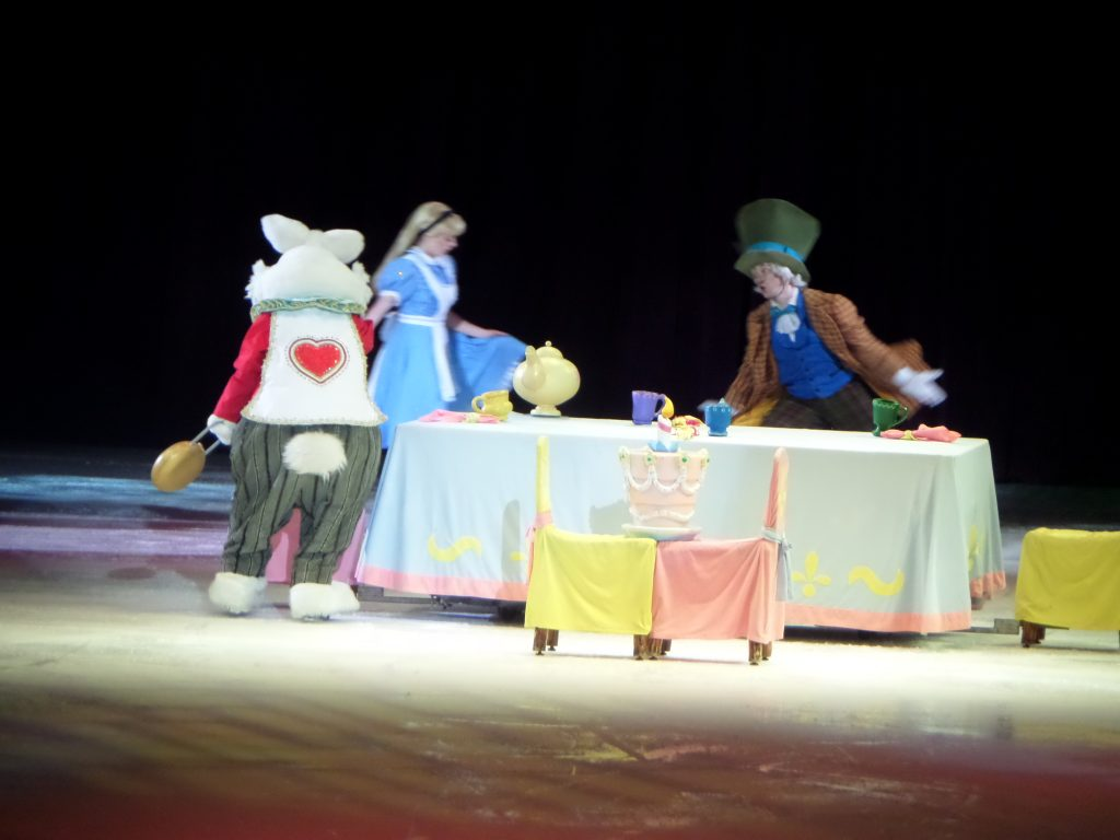 Crafty Mama in ME - Disney on Ice presents Treasure Trove - Act 1