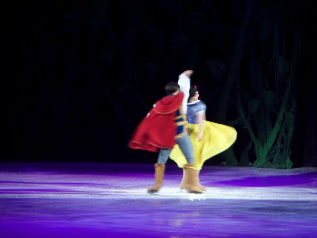 Crafty Mama in ME - Disney on Ice presents Treasure Trove - Act 2
