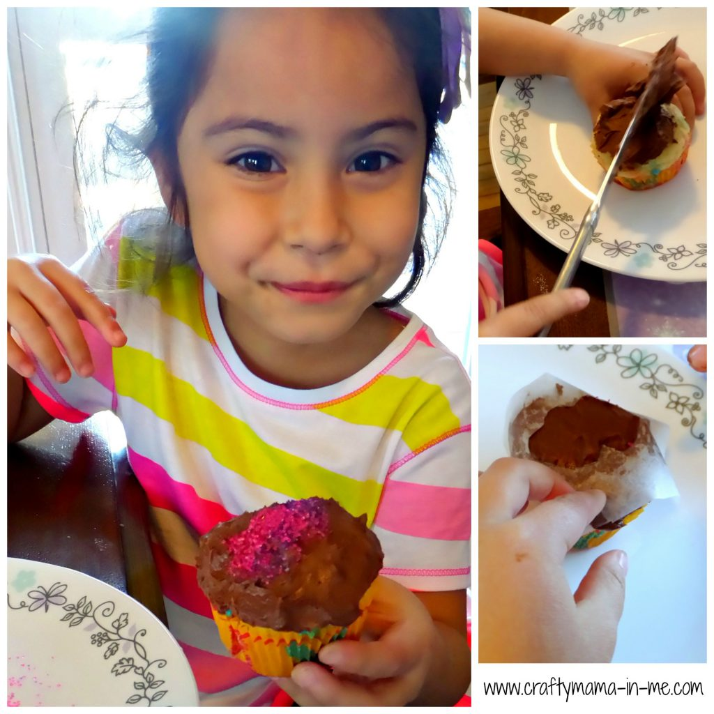 Kids in the Kitchen: Making Mother's Day Cupcakes