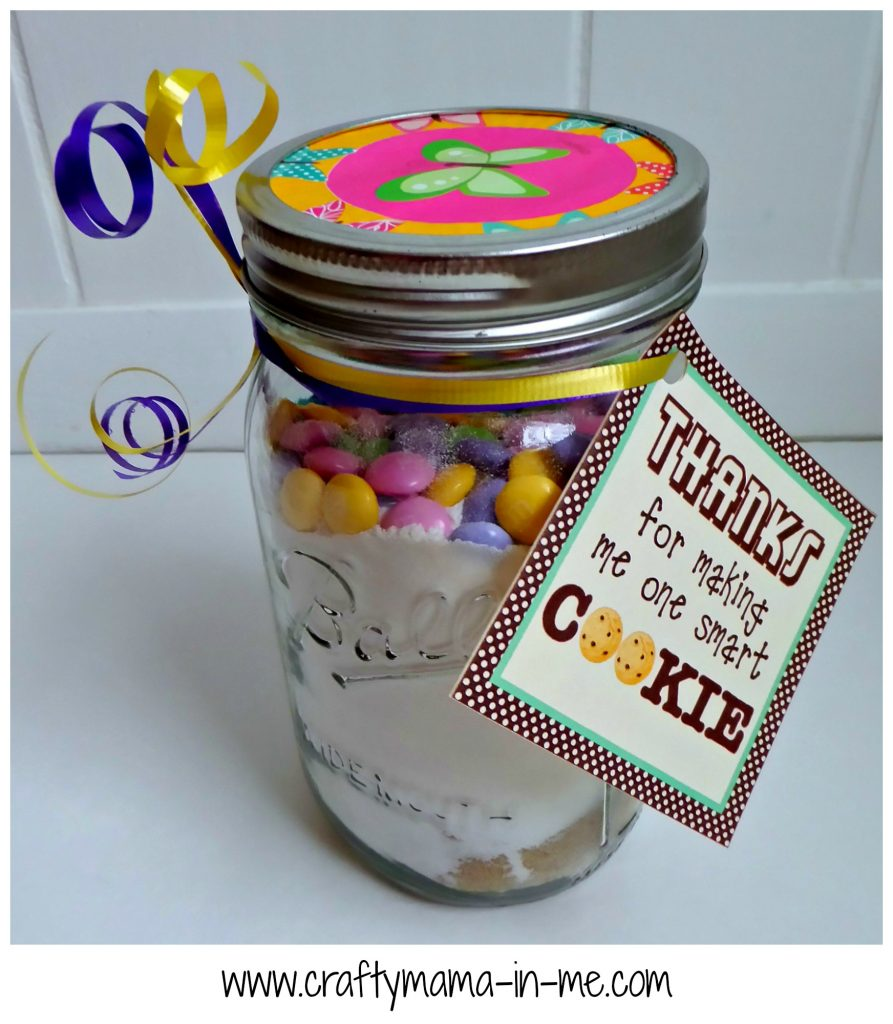 Make an Easy Teacher Appreciation Gift in a Jar