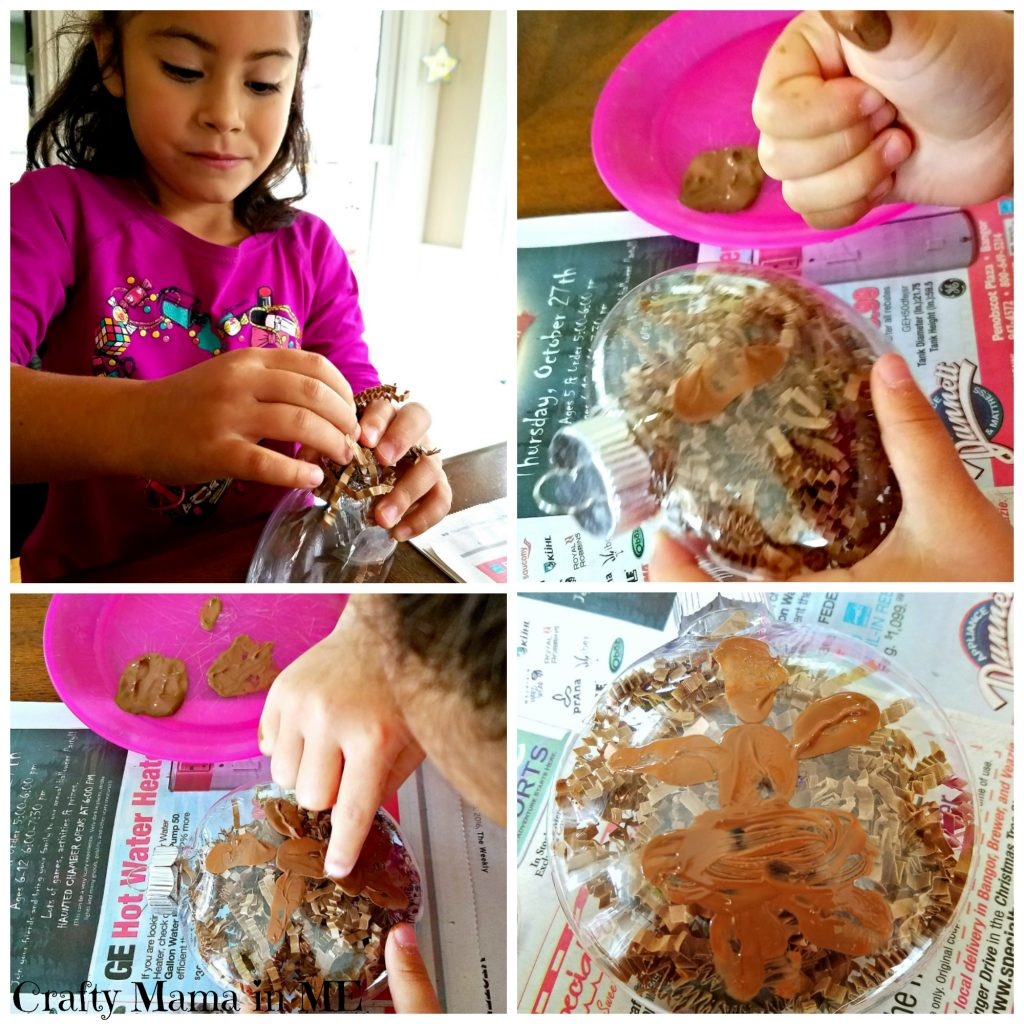 How to Make Fingerprint Gingerbread Man Ornaments